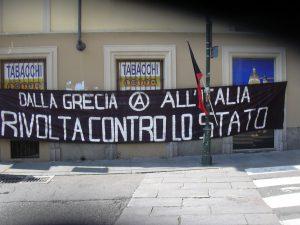 Solidali grecia al Balon